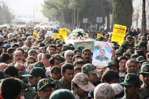 تشییع پیکر شهیدحرم سردار ستار اورنگ در یاسوج (۲)