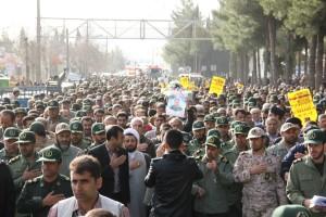 تشییع پیکر شهیدحرم سردار ستار اورنگ در یاسوج (۴)