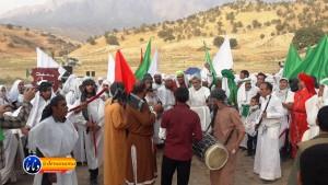 گزارش تصویری مراسم بازسازی عید غدیر خم در روستای تمنک از توابع بخش پاتاوه شهرستان دنا (۱۳۷)