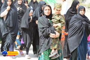 گزارش تصویری مراسم بازسازی عید غدیر خم در روستای تمنک از توابع بخش پاتاوه شهرستان دنا (۳۸۵)